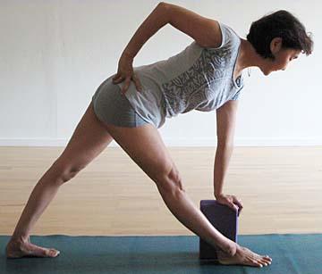 11:11 Life styling yoga pose - revolved triangle